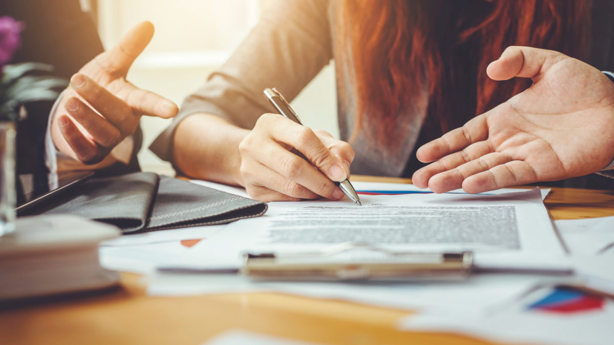 ¿Cómo funcionan realmente los préstamos e intereses? te lo contamos todo.