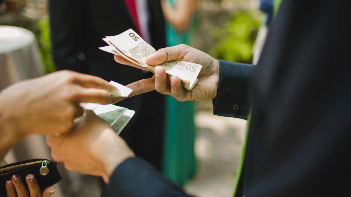 Préstamos para deudas urgentes